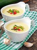 Soupe crème à courgette Images libres de droits