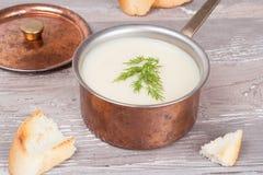 Soupe crème aux pommes de terre Image stock