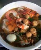 Soupe de nouilles épaisse de riz de crabe vietnamien de Banh Canh Cua Photographie stock libre de droits
