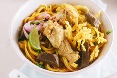 Soupe de nouilles au curry Photographie stock