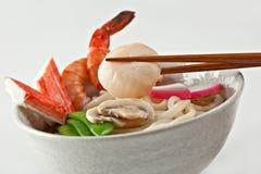Soupe de nouilles d'Udon de fruits de mer image libre de droits