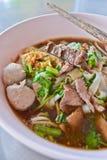 Soupe de nouilles de boeuf de la Thaïlande Images libres de droits