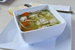 Soupe de nouilles faite maison de poulet 4 Photos stock
