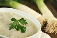 Soupe de poireau et aux pommes de terre Images libres de droits