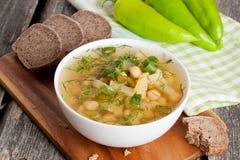 Soupe marocaine à pois chiches avec des légumes du plat Images libres de droits