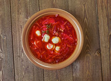 Soupe polonaise à betterave avec des boulettes Photographie stock
