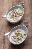 Soupe thaïlandaise à gai de kha de Tom Image stock
