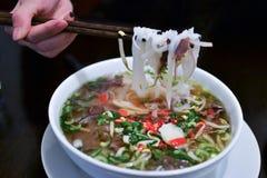 Soupe vietnamienne traditionnelle Pho BO à boeuf Photographie stock libre de droits