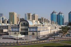 Souq central en la ciudad de Sharja foto de archivo libre de regalías