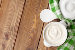 Sour cream in a bowl Royalty Free Stock Photography