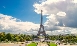 Source à Paris Images libres de droits
