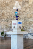 Source d'eau de Narzan dans la galerie narzan Photo libre de droits