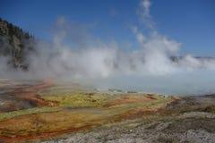 Source prismatique grande, stationnement national de Yellowstone Images libres de droits