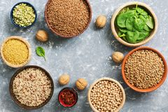 A source of protein and vitamins,a variety of legumes and cereals. Buckwheat, peas, chickpeas,bulgur,buckwheat,brown rice,lentils, stock image