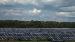 Sources d'énergie alternatives Centrales solaire clips vidéos