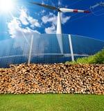 Sources d'énergie renouvelables - biomasse solaire de vent images stock