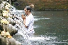 Sources de houx dans le temple de Tirta Empul de Balinese Photos libres de droits