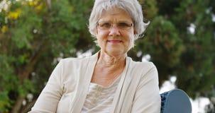 Sourire aîné de femme Photo stock