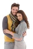 Sourire affectueux attrayant de couples photographie stock libre de droits
