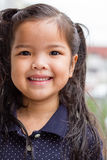 Sourire asiatique de fille d'enfant Images libres de droits