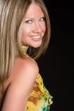 Sourire blond de femme photographie stock libre de droits