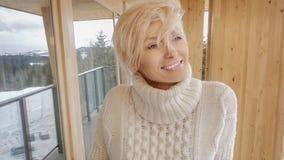 Sourire blond de fille Images libres de droits