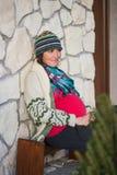 Sourire de femme enceinte de jeunes Photo libre de droits