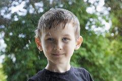 Sourire de garçon d'adolescent Photo libre de droits