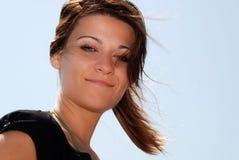 Sourire de jeune femme image libre de droits