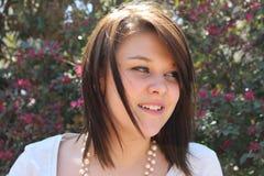 Sourire de l'adolescence de fille Photos libres de droits
