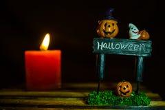 Sourire de potiron de Halloween et plat de Halloween images libres de droits