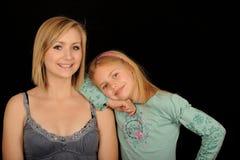 sourire de soeurs Image libre de droits