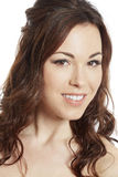 Sourire femelle de portrait de jeune mariée de brune Image stock