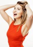 Sourire heureux de femme de cheveux assez blonds de jeunes d'isolement sur le fond blanc, concept de personnes de mode de vie Photographie stock libre de droits
