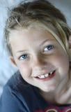 Sourire heureux de fille images libres de droits