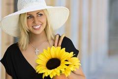 Sourire heureux et beau image libre de droits