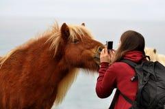 Sourire pour l'appareil-photo Photo stock