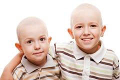 Sourire rasé d'enfants de têtes photos libres de droits