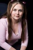 sourire rose de chemise de fille Photographie stock