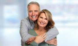 Sourire supérieur de couples photo stock