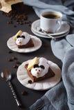 Souris de pâtisserie de chocolat et grains de café Photo libre de droits