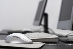 Souris - salle de classe d'ordinateur Photo libre de droits