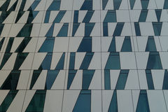 Sous-ensemble de façade de gratte-ciel moderne Photographie stock libre de droits