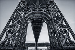 Sous le pont de George Washington images stock