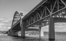 Sous le pont 5 en route Image libre de droits