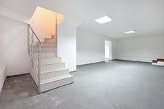 Sous-sol d'escaliers photo libre de droits