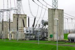Sous-station à haute tension de transformateur de puissance Image stock