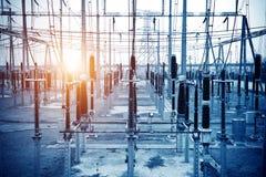 Sous-station électrique à haute tension Photo stock