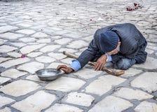 Sousse Mendigo no quadrado da cidade velha Medina fotos de stock royalty free