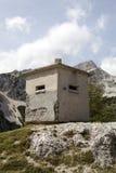 Soute concrète dans les Alpes Image libre de droits